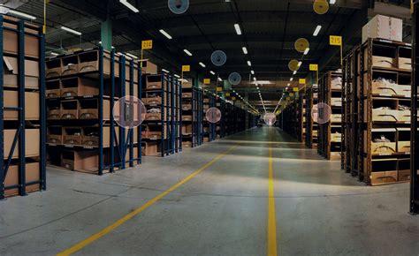 entrepot de produit de bureau entrepot logistique solution de sécurité etude de cas