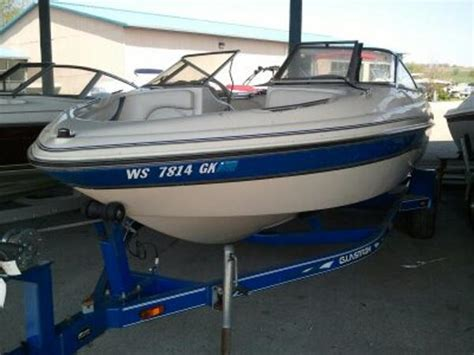 Boat Trailer Rental Milwaukee by 2003 Glastron 185gx 18 Foot 2003 Glastron Motor Boat In