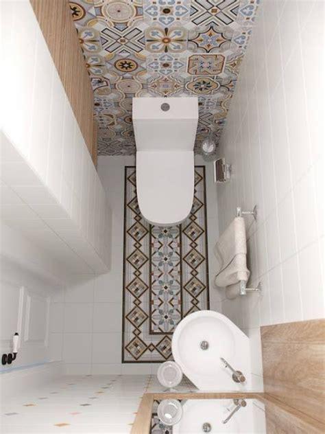 mini bloc cuisine bardzo mała łazienka ze wzorzystą ścianą i podłogą