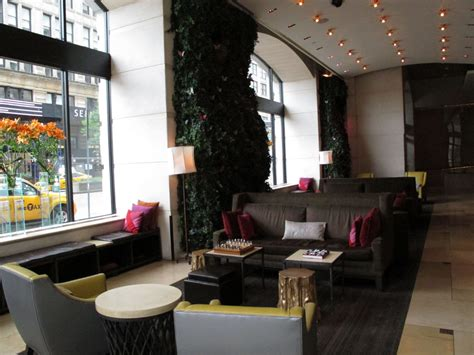 york city travel  hotel  union square earns