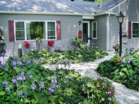 cottage landscaping photos hgtv