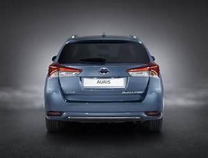 Fiabilité Toyota Auris Hybride : fiche technique toyota auris touring sports hsd 136h design business l 39 ~ Gottalentnigeria.com Avis de Voitures