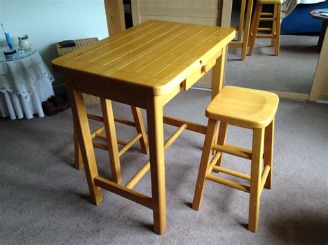 Kitchen Chairs Belfast by Small Kitchen Table And 2 Matching Stools In Dundonald