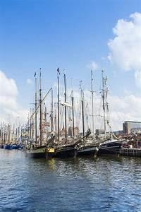 Hanse Center Rostock : sailingships in rostock during hanse sail 2014 editorial stock photo image of sail rostock ~ Watch28wear.com Haus und Dekorationen