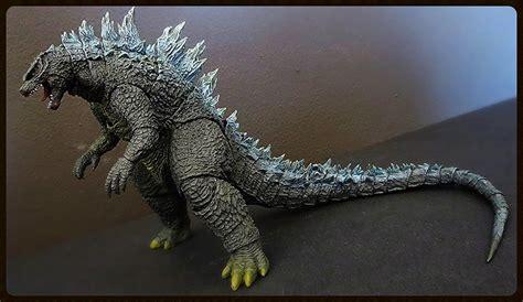 The World's Best Photos Of Godzilla And Goji