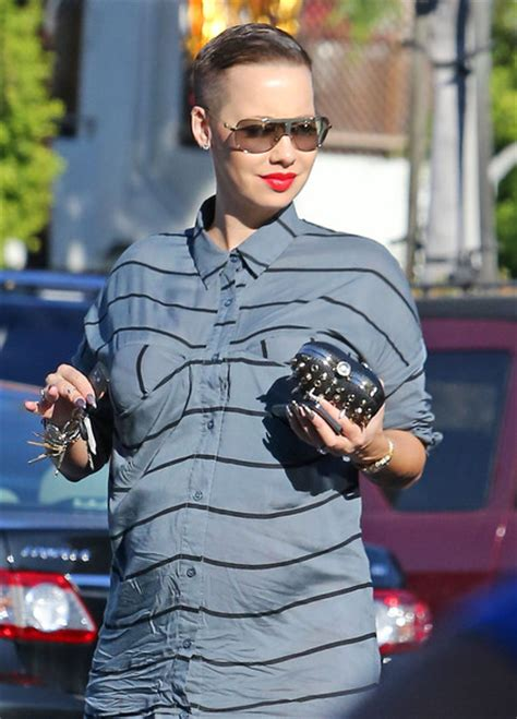 pregnant amber rose rocks  hairstyle  missxpose