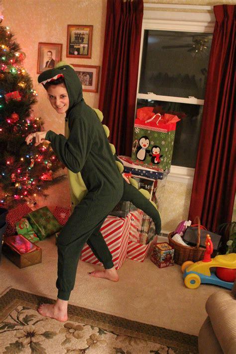 reddits  worst  weirdest christmas presents
