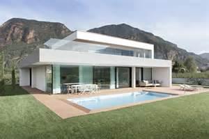 Delightful Italian Home Designs by Maison Contemporaine M2 House Par Monovolume