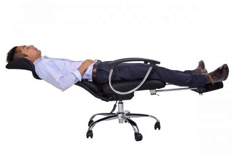 this office chair lets you lay flat for naps at the