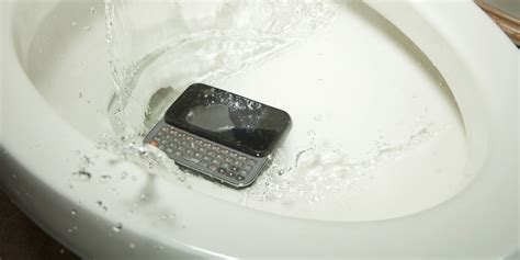 phone fell in toilet 2 dead several injured after phone falls into open pit