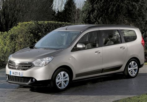 lodgy 7 places occasion dacia lodgy 1 5 dci 90 fap 7 places ambiance d 233 v 233 hicule neuf sacoa des nations migne