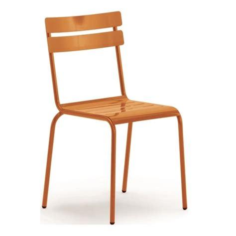 chaise métallique chaise metallique empilable galvanise de couleurs cmg
