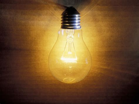 Old-fashioned Light Bulbs Could Be Set For Comeback After