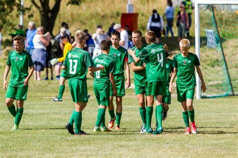 FS Metta U-16 komanda Latvijas Jaunatnes čempionātu ...