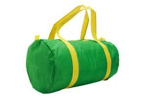 Comment Faire Un Sac : diy comment customiser un sac de sport ~ Melissatoandfro.com Idées de Décoration