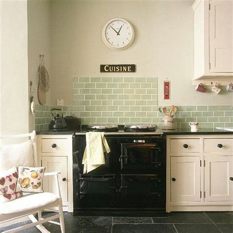 kitchen tiles green what tile and wall colours go with black worktops 3328