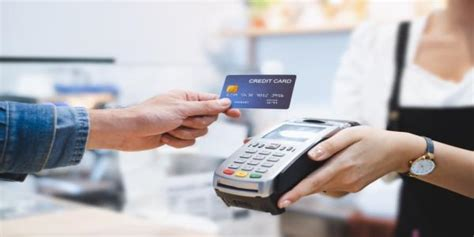 If money is tight, it may make sense to just make the minimum payment, but it's important to be aware of the consequences. Credit Card Payment: What happens if you pay only the ...