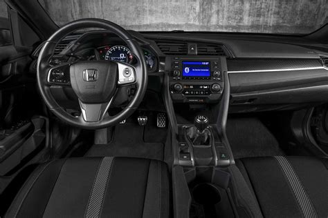 honda civic 2017 interior 2017 honda civic hatchback sport first test motor trend