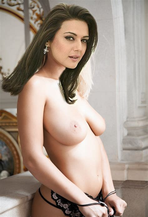 Marathi Actress Preity Zinta Sexy Naked Image