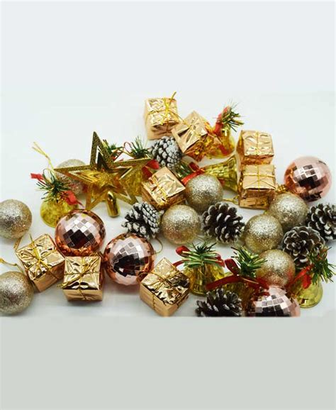 assorted classic christmas tree decoration pack
