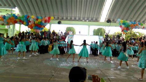 Vals de salida de sexto grado de Primaria Mariano