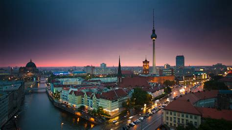 berlin skyline bing wallpaper