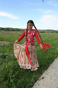 Crăciuneşti, Mureş County, Transylvania: traditional Gypsy ...