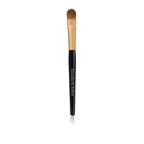 eyeshadow brush elizabeth arden