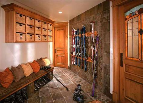 15 Interiors Of Traditional Mud Room Entry