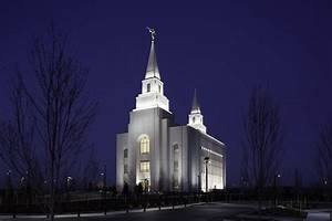 Episcopal Priest Describes Her Visit To A Mormon Temple