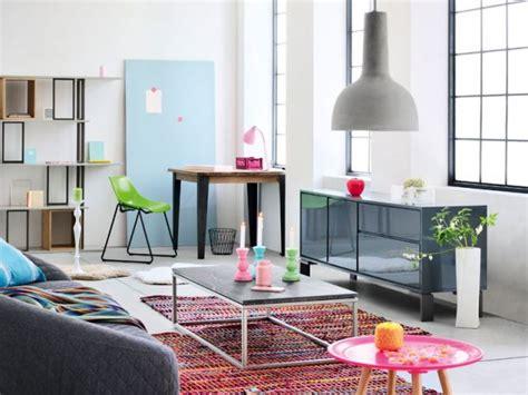 espace bureau dans salon aménager un coin bureau dans salon
