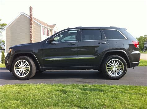 2011 jeep grand cherokee tires jeep grand cherokee custom wheels 20x9 0 et 35 tire