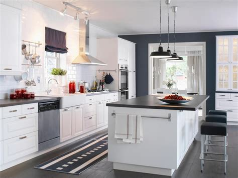 kitchen design ideas with white cabinets find your favorite kitchen style hgtv 9333