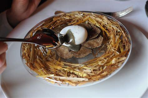 chef de cuisine étoilé oeuf pourri à la truffe sabayon de truffe et purée de