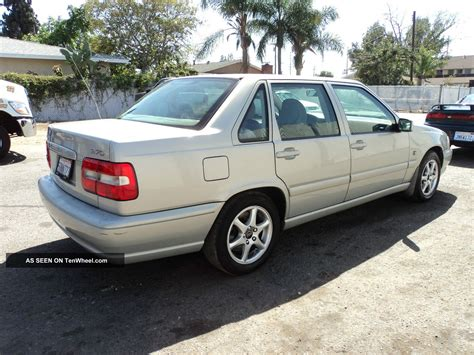 2000 Volvo S70 by 2000 Volvo S70 2 4 Related Infomation Specifications