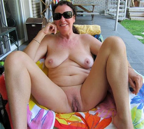 Tainted Full Grown Women Pussy