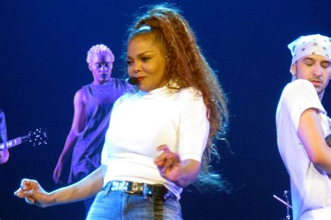 Janet Jackson Slims Down For First Post Baby Tour The