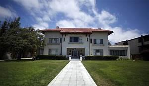 La Maison Du Parasol : la maison maudite du millionnaire ~ Dailycaller-alerts.com Idées de Décoration