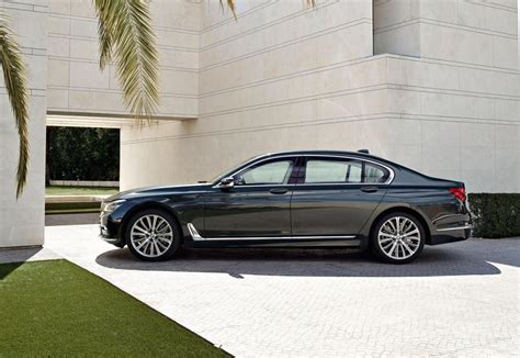 bmw  series officially revealed performancedrive