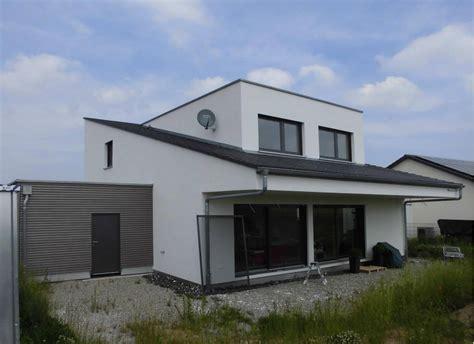 Einfamilienhaus Holzhaus Mit Ziegelfassade by Einfamilienhaus Mit Carport In Wilhermsdorf Eg Holzhaus De