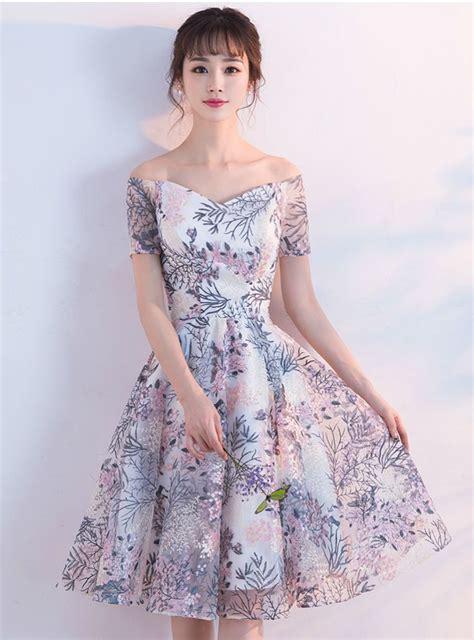 2017 New Arrival Lace Short graduation dresses Off ...