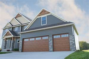 Raised carriage panel style garage doors st cloud mn adw for Carriage type garage doors