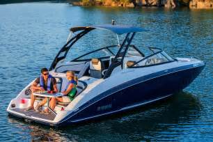 Yamaha Jet Boat Reviews 2016 by New 2017 Yamaha 242 Limited S Power Boats Inboard In