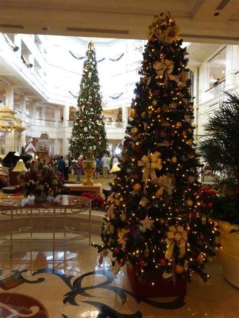 grand floridian christmas tree grand floridian decor holidays 2013 171 walt disney