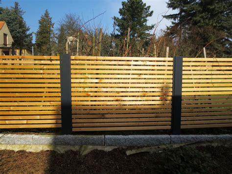 Sichtschutzzaun Holz Aufstellen Bvraocom