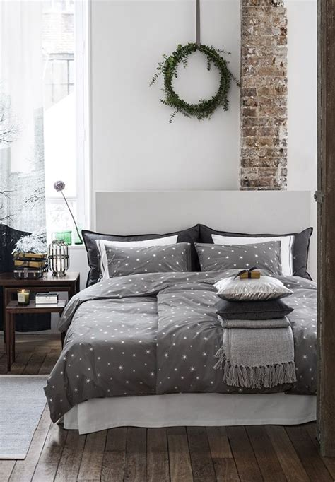 20 Beautiful Winter Bedroom Ideas  Home Design And Interior