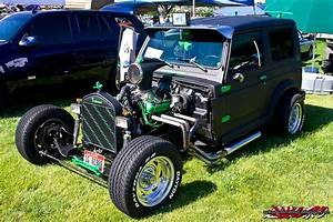 Hot Rod Suzuki Samurai