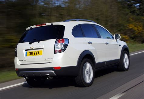 Review Chevrolet Captiva by Chevrolet Captiva 2011 2013 Reviews Technical Data Prices