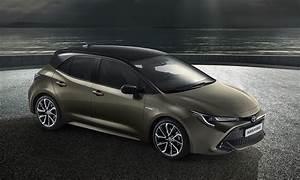 Toyota Auris Design : introducing the new toyota auris toyota ~ Medecine-chirurgie-esthetiques.com Avis de Voitures