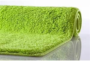 Badteppich Set Grün : kleine wolke badematte kansas gr n reine baumwolle rutschhemmender r cken badteppiche bei ~ Markanthonyermac.com Haus und Dekorationen